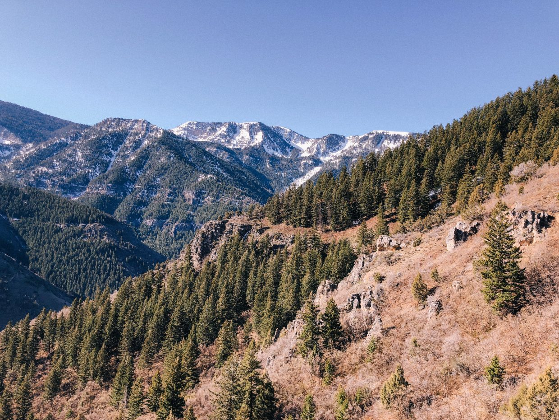Logan, Utah - Spring hiking in Utah, Utah State University, Mountain views, Girl Get Outside, Earth Day
